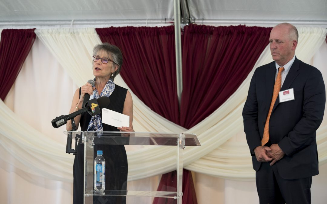 Ribbon Cutting at Hill Center Brentwood Features Business and Books